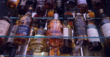 farm-shops-Cheshire-gin-and-whisky